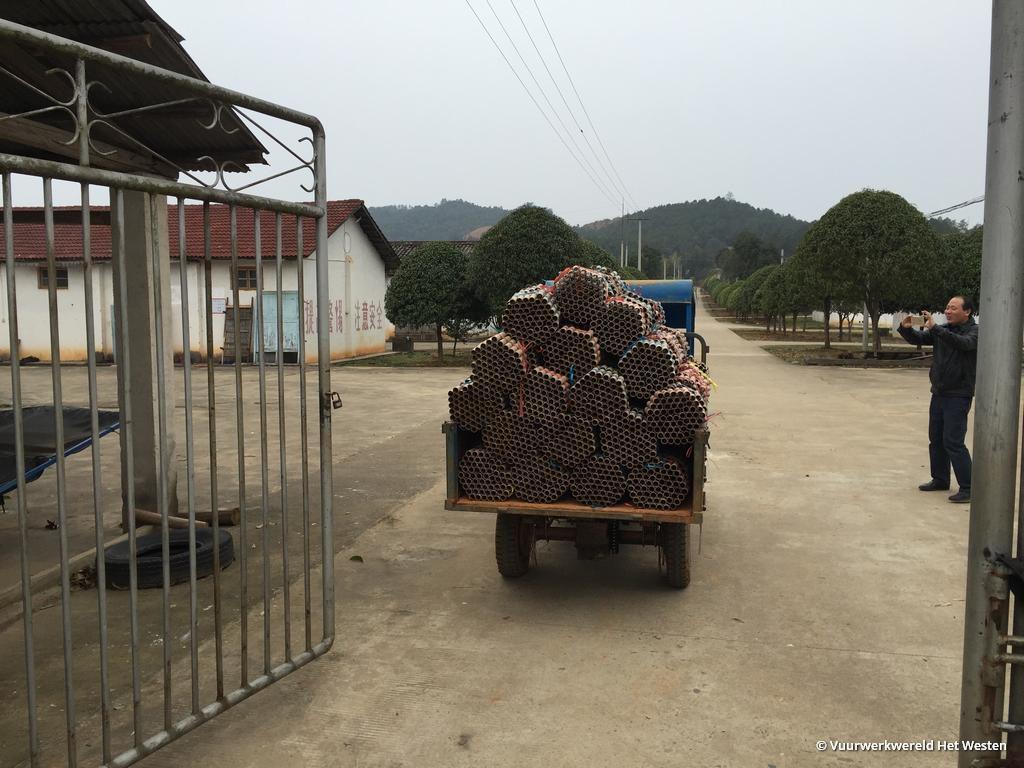 bezoek-vuurwerkfabriek-china-vuurwerkwereld-het-westen-31